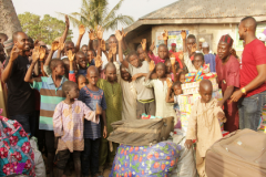 Declutter-and-Donate-Donation-to-Old-Awuru-Community-2